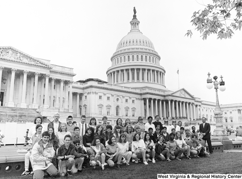 Photograph of Congressman Nick J. Rahall with an unidentified group of visitors