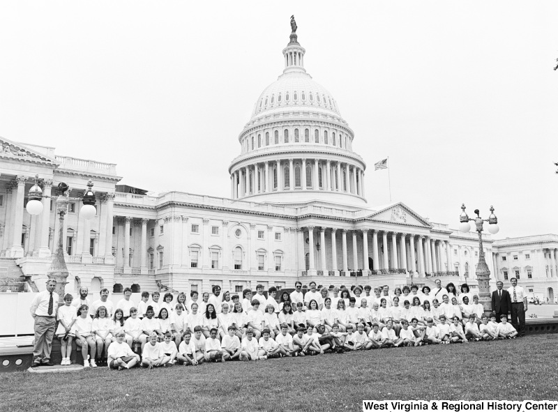 Photograph of an unidentified school group at the Capitol with Congressman Nick Rahall