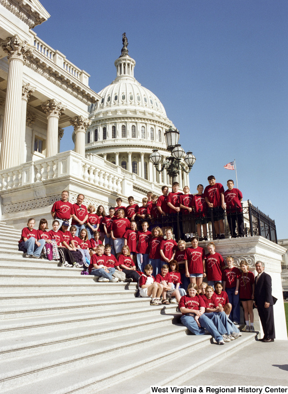 Photograph of Congressman Nick Rahall with students from Alderson Elementary School
