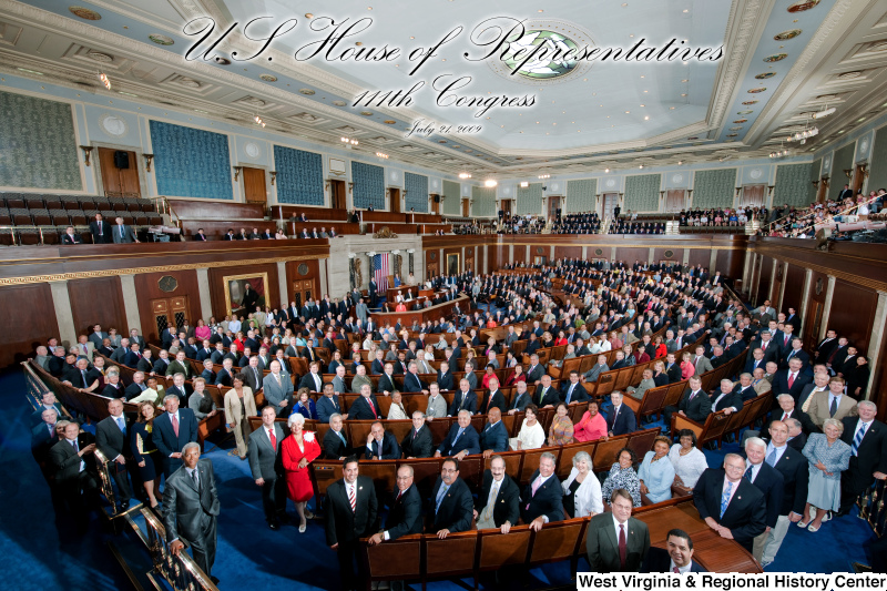 Members of the 111th Congress stand for an official House portrait photograph.